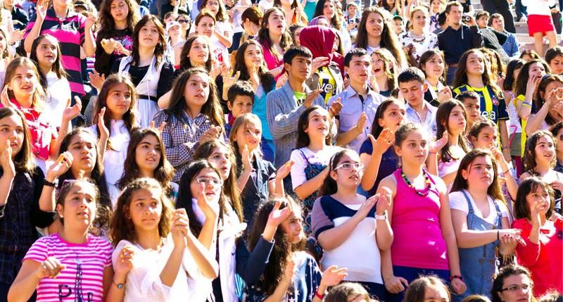 Beschreibung Feiertag 23. Nisan Türkisches Kinderfest - Tag des Kindes - Weltkindertag