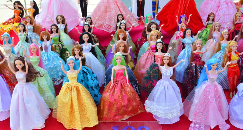 Beschreibung Gedenktag Barbies Geburtstag 2014