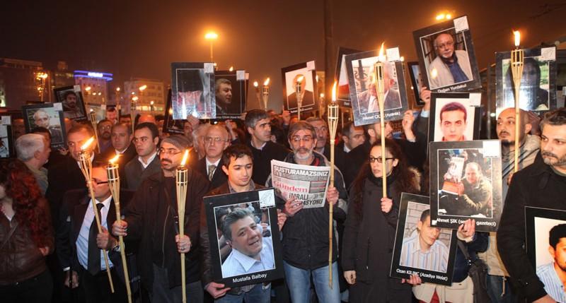 Beschreibung Tag der inhaftierten und verfolgten Autoren 2014