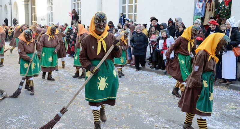 Informationen zum Feiertag Schmalziger Samstag - Der Karneval