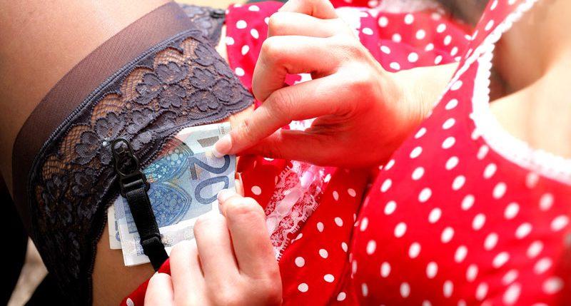 Am 2. Juni ist Internationaler Hurentag. Prostitution ist eines der ältesten Gewerbe der Welt - Dieser Aktionstag der Huren ist ein Protesttag