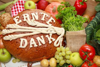 Am 1. Sonntag im Oktober wird in Deutschland das Erntedankfest gefeiert.Weitere  Informationen und Hintergründe zum Erntedankfest in Deutschland findest Du hier