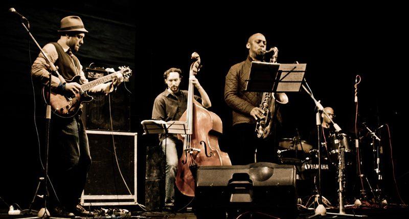 Am 30. April ist Internationaler Tag des Jazz. Weitere Informationen und Hintergründe zum Gedenktag des Jazz findest Du hier.